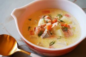 鮭の北欧風クリームスープ