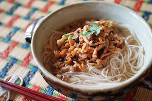 台湾担仔麺(タンツーメン)